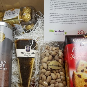 Kerstpakket met de brief van MVO Westland en Patijnenburg
